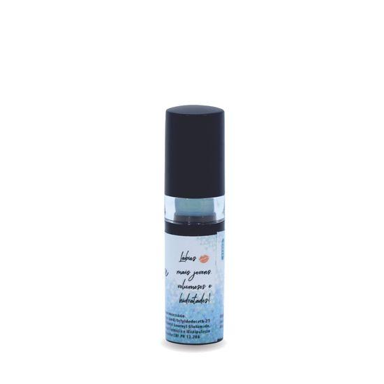 hialucare-lips